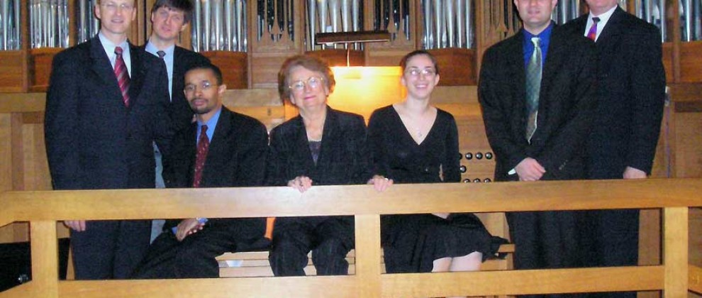 http://www.organiste.net/dev/stephen-hamilton/wp-content/uploads/sites/2/2015/08/stephen-hamilton-slider-31.jpg