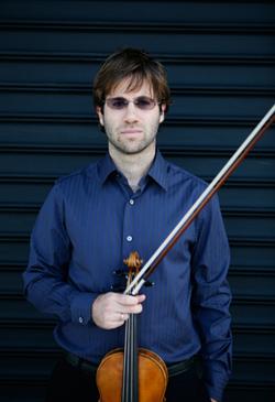 tomas-cotik-violinist
